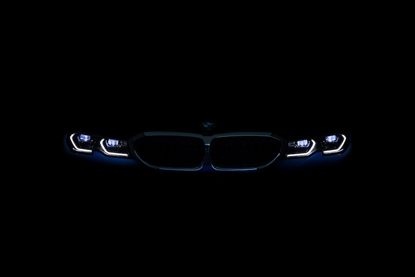 [Image: P90323768_highRes_the-all-new-bmw-3-se.j...crop=edges]