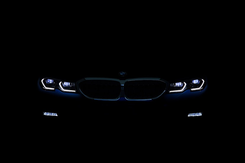 [Image: P90323770_highRes_the-all-new-bmw-3-se.j...crop=edges]
