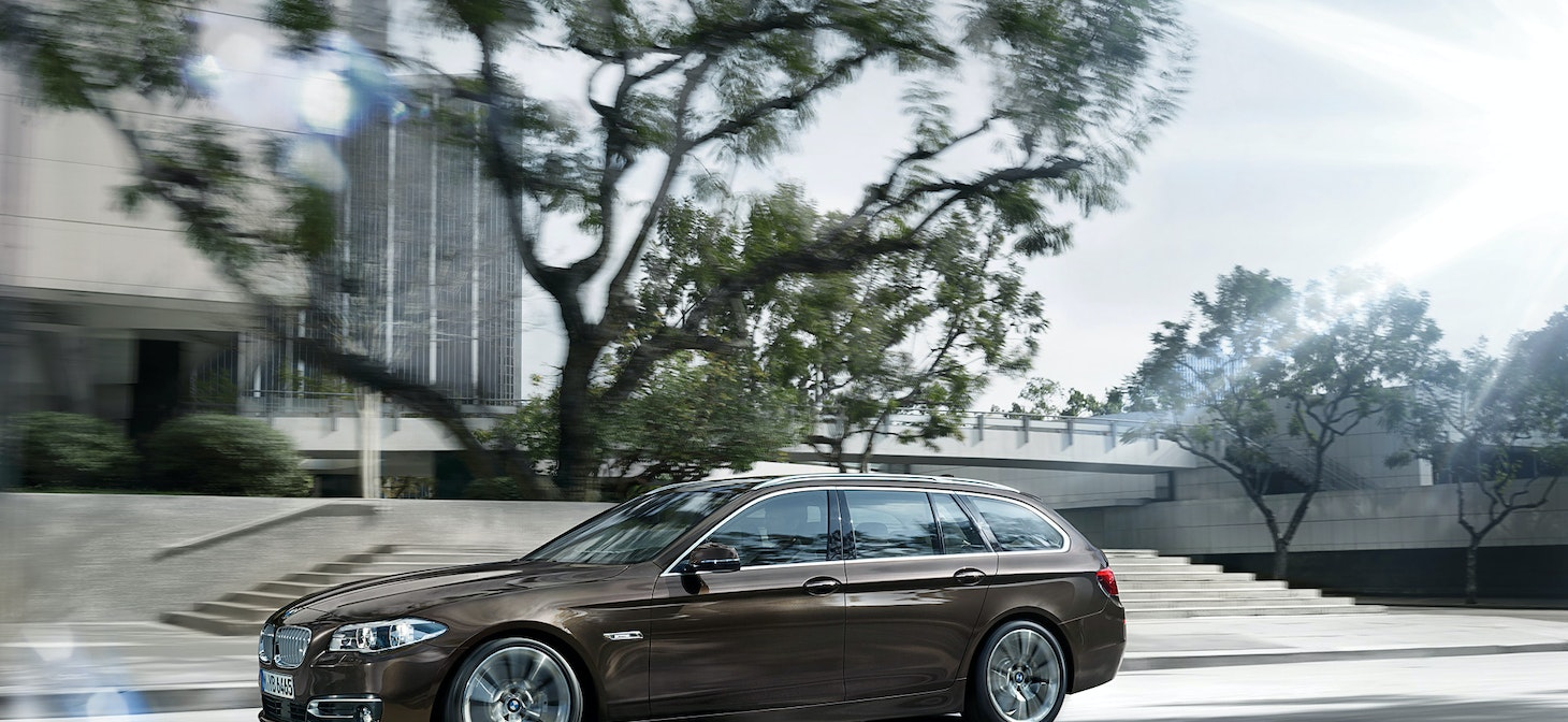 Bmw 5 Series Touring F11 Official Wallpapers Video And Press Release