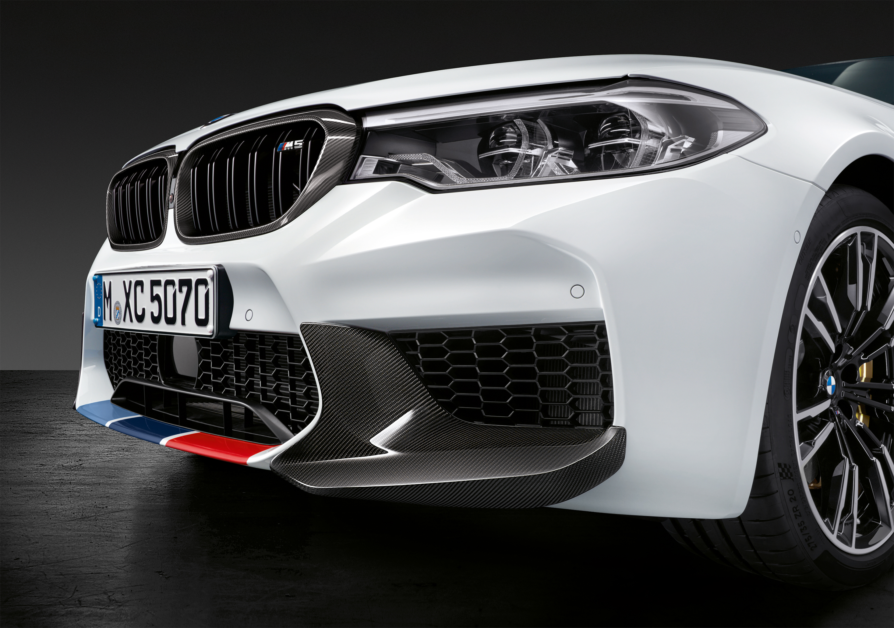 1f1ffd4af84 BMW M Performance Parts for F90 M5 (Details