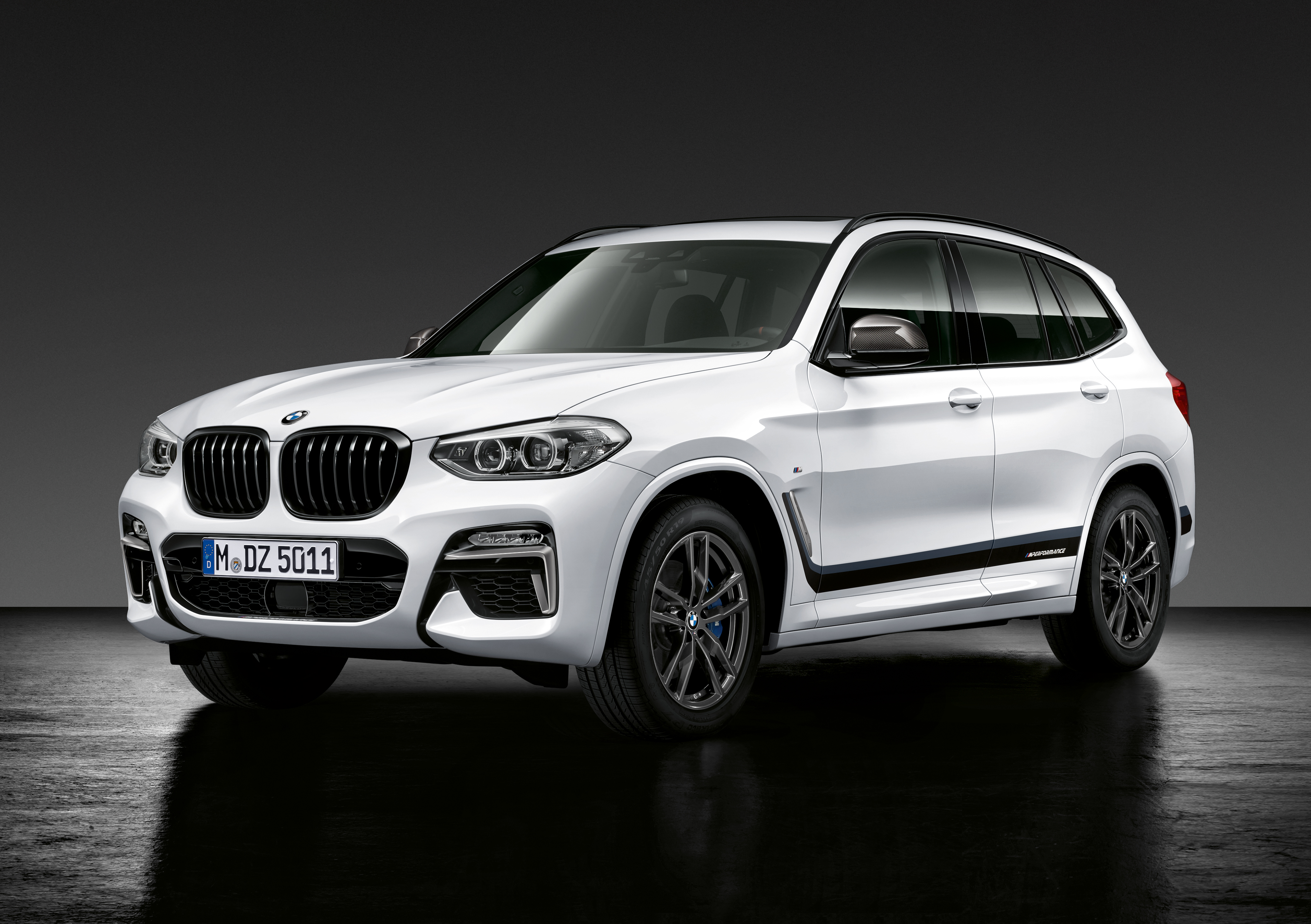 bmw m performance parts revealed for the x2 x3 and x4. Black Bedroom Furniture Sets. Home Design Ideas