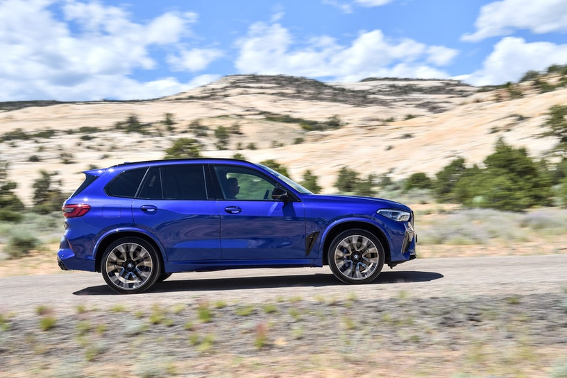 [Image: 2020%20BMW%20X5M%20Competition%20(11).jp...crop=edges]